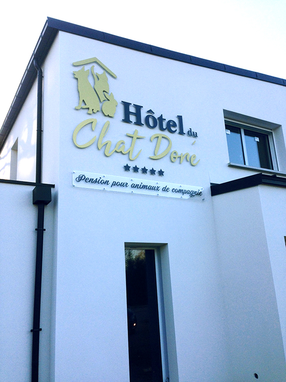 hotel-chat-dore
